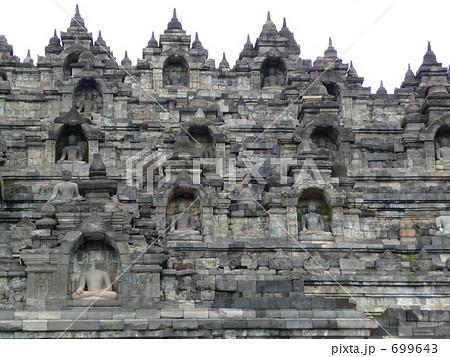 ボロブドゥール寺院遺跡群の画像 p1_25