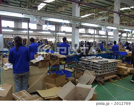 生産ライン 2012769  生産ライン  サムネイル表示に戻す 画質を確認 生産ラインの写真素