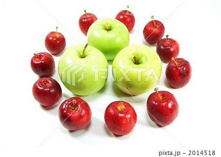 苹果树上 苹果 水果-图片素材 [2014518] - pixta