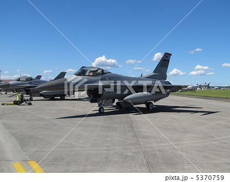 F 16 (戦闘機)の画像 p1_6