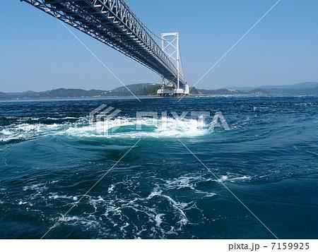 明石海峡大橋と渦潮 7159925  明石海峡大橋と渦潮 画質確認    明石海峡大橋と渦潮の写