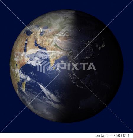 地球儀 7603811  地球儀  地球儀のイラスト素材 [7603811]
