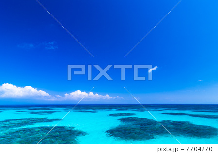 沖縄県 波照間島 7704270  沖縄県 波照間島  サムネイル表示に戻す 画質を確認 沖縄県