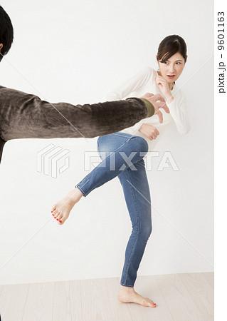 護身術 護身術 護身術   護身術の写真・イラスト素材