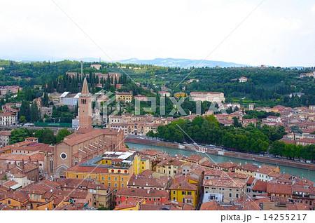 ヴェローナ市街の画像 p1_36