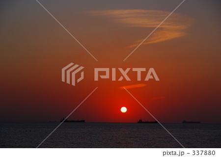 太平洋に沈む夕日 337880