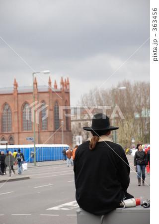 ベルリンの男性後姿 363456