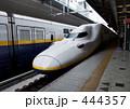 新幹線 プラットフォーム 車両の写真 444357