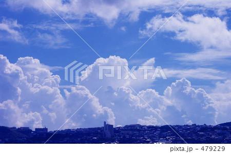 真夏の雲 479229