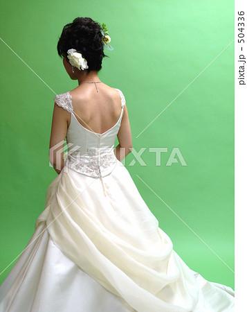 ドレス後姿(白) 504336