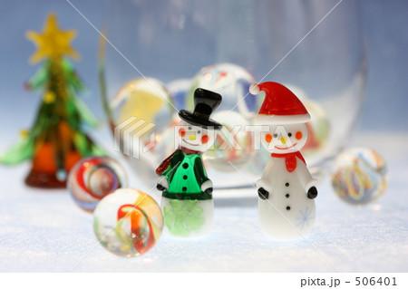 スノーマン ガラス細工 クリスマスツリーの写真素材 [506401] - PIXTA