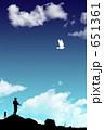 戦場に飛ぶ鳩 651361