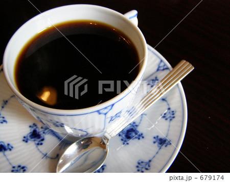 午後の喫茶店 679174