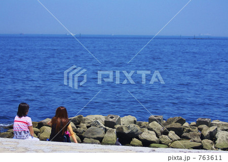 海を見て… 763611
