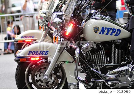 NYPD 白バイ 912069