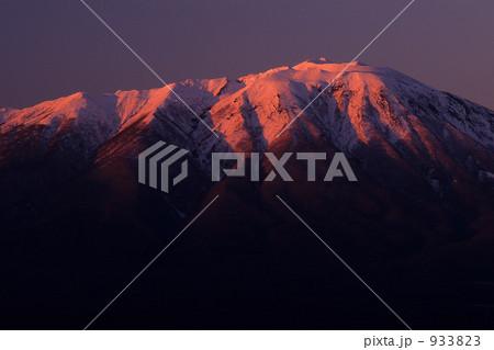 夕焼けの岩手山 933823