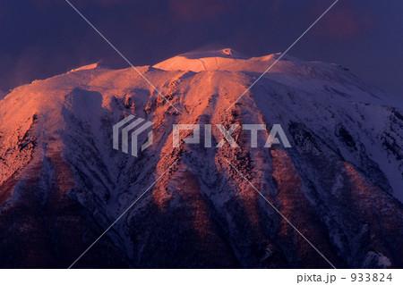 夕焼けの岩手山 933824