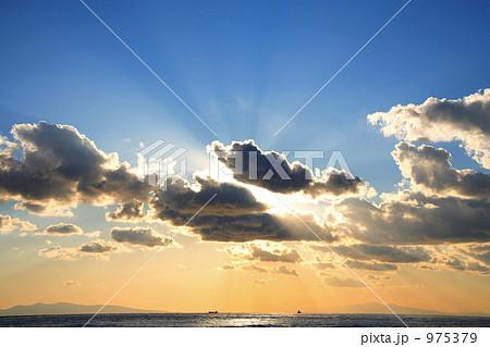 夕暮れ間近の空と雲2 975379