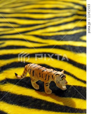 トラ縞模様の写真素材 [1141503] - PIXTA