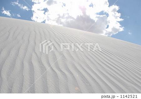 ホワイトサンズの風紋 1142521