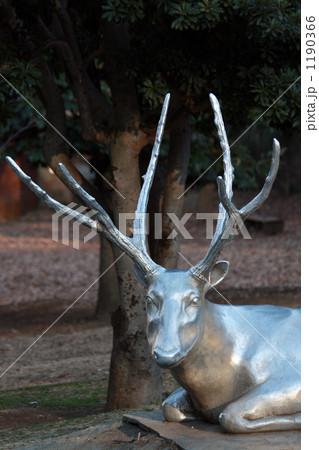 鹿-アート 1190366