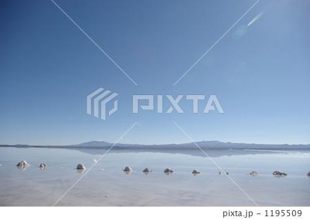 ウユニ塩湖 1195509