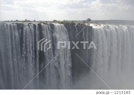 ビクトリアの滝 1215165