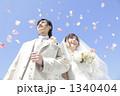 フラワーシャワー 新婚 ウエディングの写真 1340404