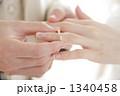 指輪交換 新婚 ウエディングの写真 1340458