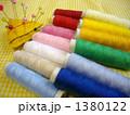 縫い糸と針山 1380122