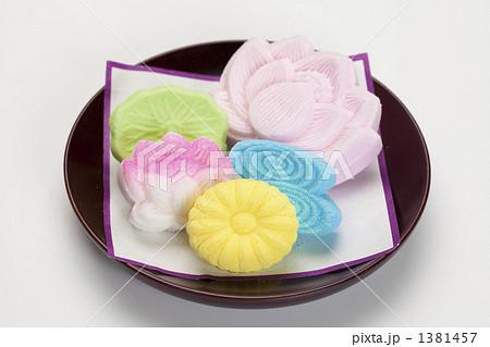 お供え菓子の写真素材 [1381457] - PIXTA