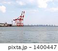 港のクレーン 1400447