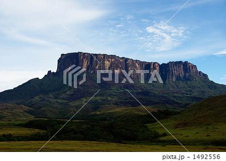 クケナン山の写真素材 [1492556]...