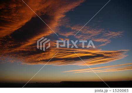 グランドキャニオンの朝焼け雲 1520065