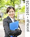 ビジネスウーマン 新入社員 新人の写真 1606726