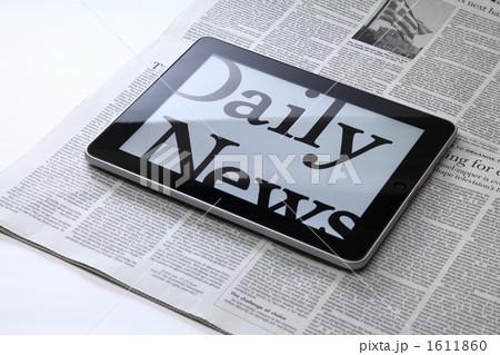 新聞とiPad 1611860