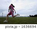 若い女性 ジョギング スポーツの写真 1636694