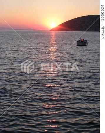 映画「グランブルー」ロケ地アモルゴス島の夕暮れ 1650624