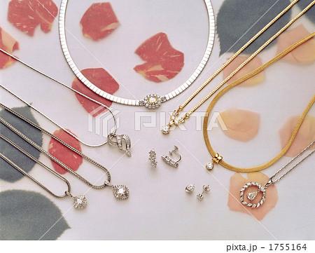 宝石 ダイヤモンドネックレス・イヤリング 1755164