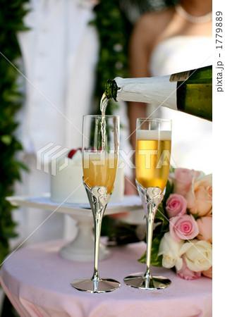 シャンパン 飲物 ウェディングの写真素材 [1779889] - PIXTA