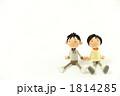 家族 夫婦 座るの写真 1814285