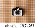 トイカメラとランチョンマット(ギンガムチェック) 1951563