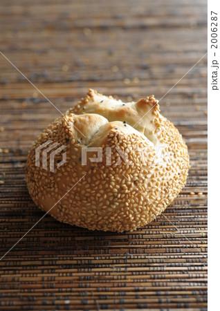 白胡麻パン 2006287