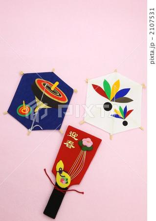 羽子板と凧 2107531