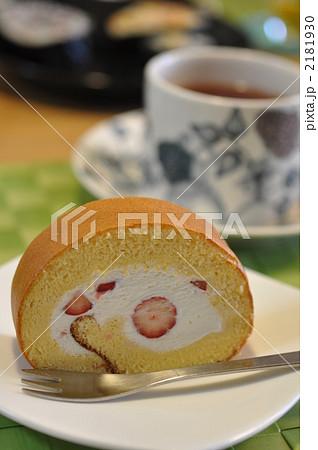 苺のロールケーキ 2181930