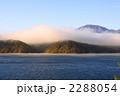 早朝の野尻湖 2288054
