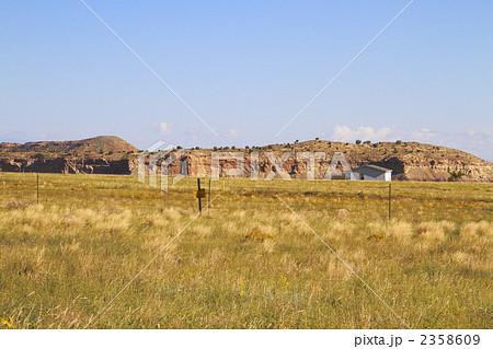 アメリカの草原風景、インディアン保護区 2358609