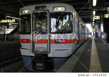 313系電車(中央本線・篠ノ井線)~長野県・松本駅にて 2411016