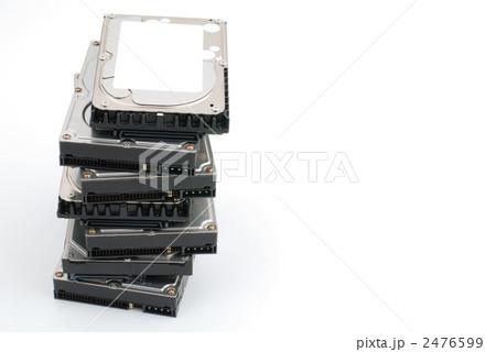 積み上げたハードディスク 2476599