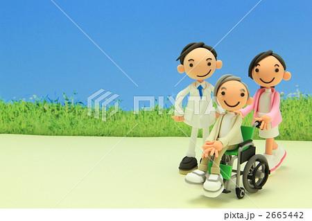 粘土のおばあちゃんと看護師 2665442